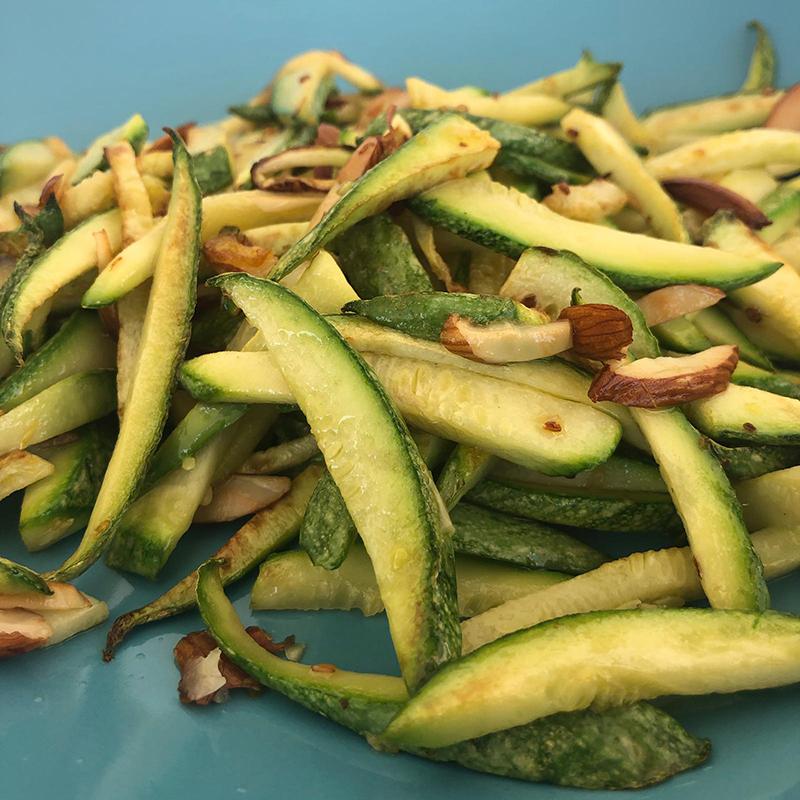 zucchine con mandorle